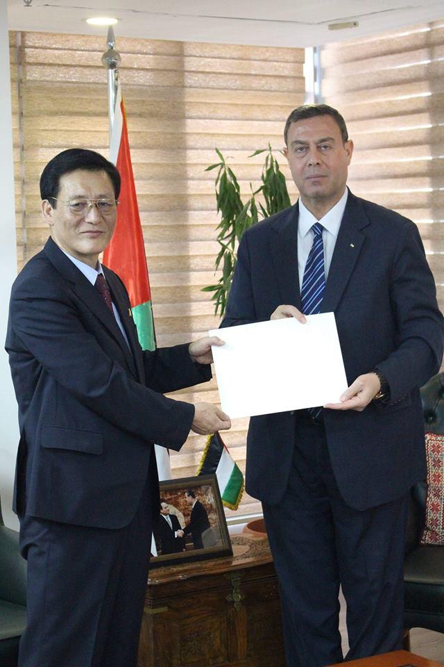 السفير دياب اللوح يستقبل سفير كوريا الشمالية