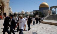 وزير الزراعة الاسرائيلي يقتحم الأقصى برفقة عدد من المستوطنين