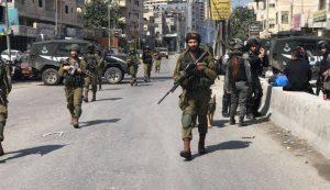 قوات الاحتلال تعتقل 4 شبان من قرية كوبر شمال رام الله