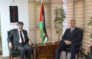 السفير دياب اللوح يستقبل مدير عام الدائرة السياسية لمنظمة التحرير الفلسطينية