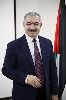السفير دياب اللوح يهنىء د.اشتية بتكليفه بتشكيل الحكومة الجديدة