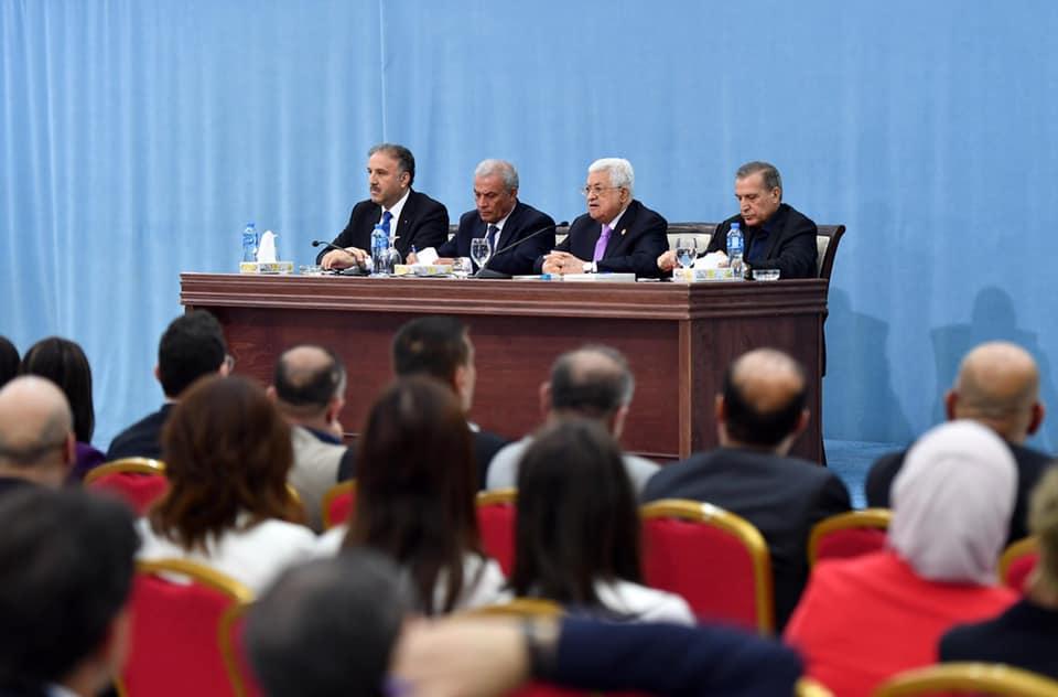 الرئيس يطلع ممثلي الصحافة العربية والمحلية على تطورات القضية الفلسطينية