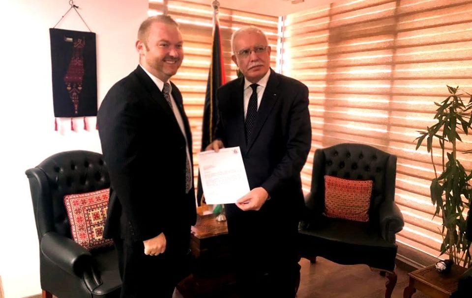 الوزير المالكي يتلقى أوراق اعتماد سفير نيوزلندا الجديد لدى دولة فلسطين