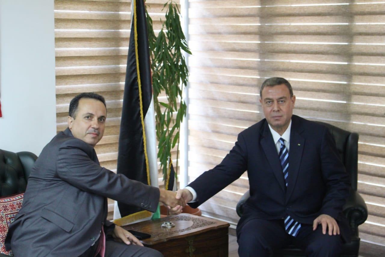 السفير دياب اللوح يستقبل أمين عام اللجنة الوطنية للتربية والثقافة والعلوم