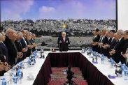 الرئيس في مستهل اجتماع القيادة: مصرون تماما على إجراء الانتخابات وموقفنا من رواتب الشهداء والأسرى ثابت ولن يتغير