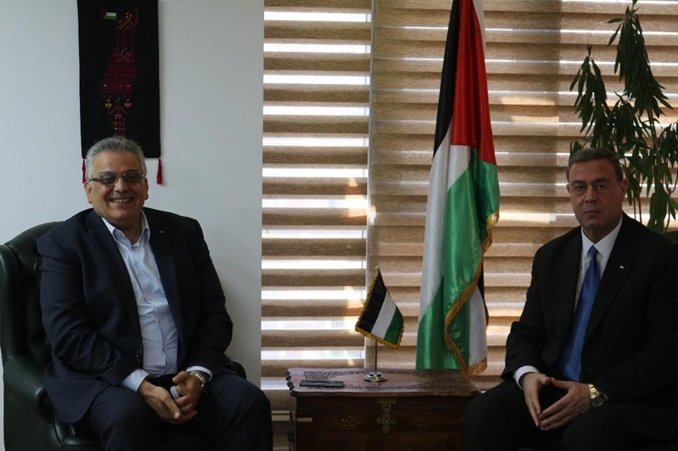 السفير دياب اللوح يلتقي رئيس سلطة المياه بالقاهرة
