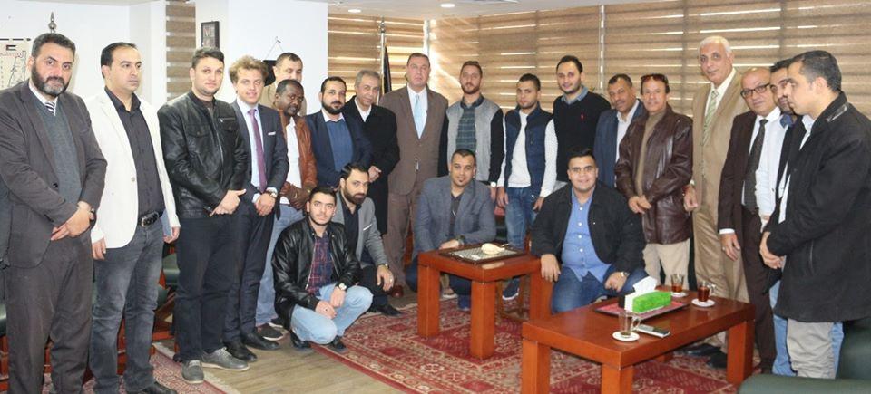 السفير دياب اللوح يستقبل مجموعة من الطلبة الدارسين في مصر