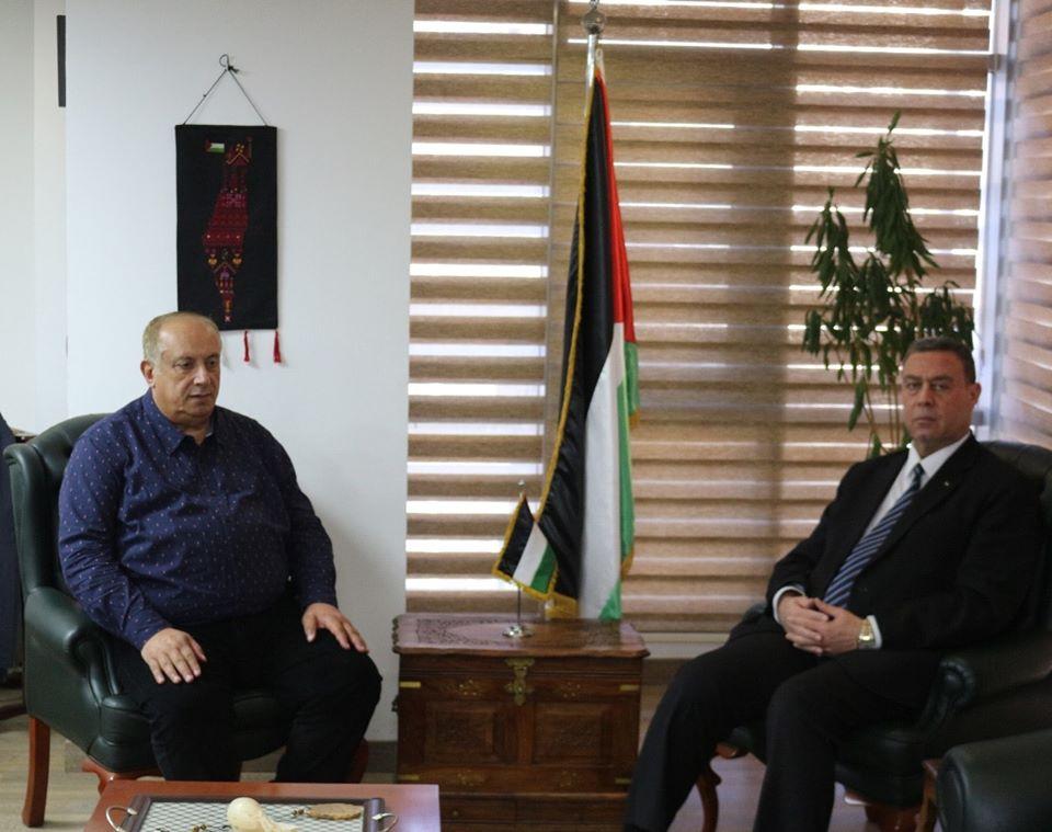 السفير دياب اللوح يستقبل وزير التعليم العالي والبحث العلمي بالقاهرة