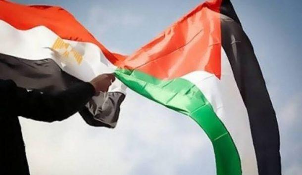 الرئيس محمود عباس يدين الهجوم الارهابي ويعزي بشهداء الجيش المصري