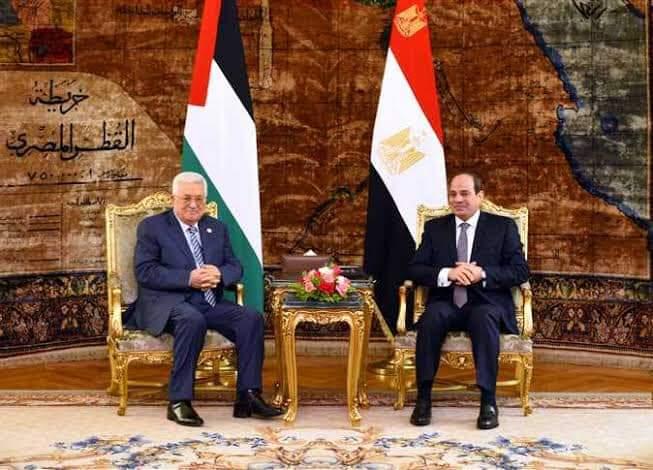 الرئيس يهنئ نظيره المصري لمناسبة الذكرى الـ 47 لانتصارات حرب أكتوبر