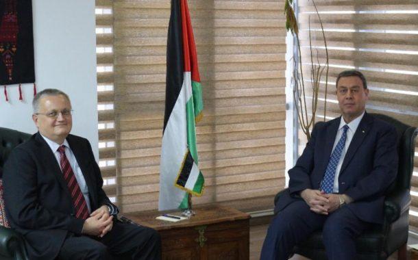 السفير دياب اللوح يستقبل نظيره الروسي في مصر