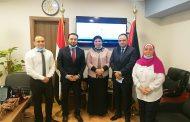 سفارة فلسطين بالقاهرة تناقش شؤون الطلبة الفلسطينيين مع إدارة الوافدين