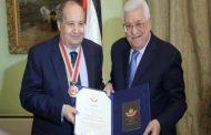 وفد من سفارة فلسطين ينقل تعازي الرئيس بوفاة الكاتب المصري وحيد حامد