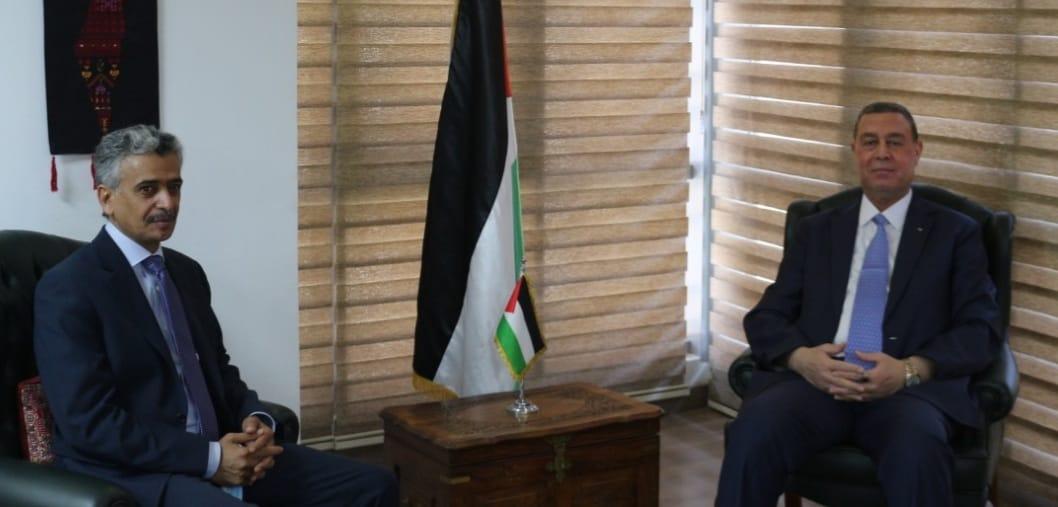 السفير دياب اللوح يتباحث مع مندوب المملكة السعودية بالجامعة العربية حول آخر المستجدات