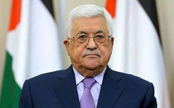 الرئيس يهاتف عائلة الكاتب الصحفي المصري مكرم محمد أحمد معزياً بوفاته